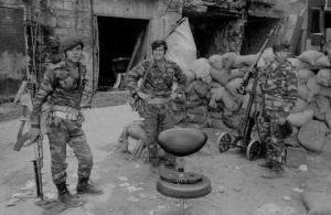 Soldati palestinesi in Libano, 1976.