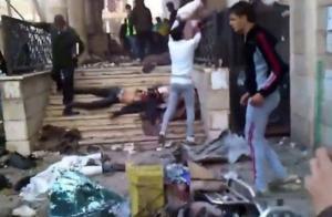"""Il regime siriano ha bombardato la moschea di Yarmouk. Il mondo dei """"pro-palestinesi"""" osservavo un totale silenzio."""